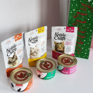 Cat Food and Treat Bundle
